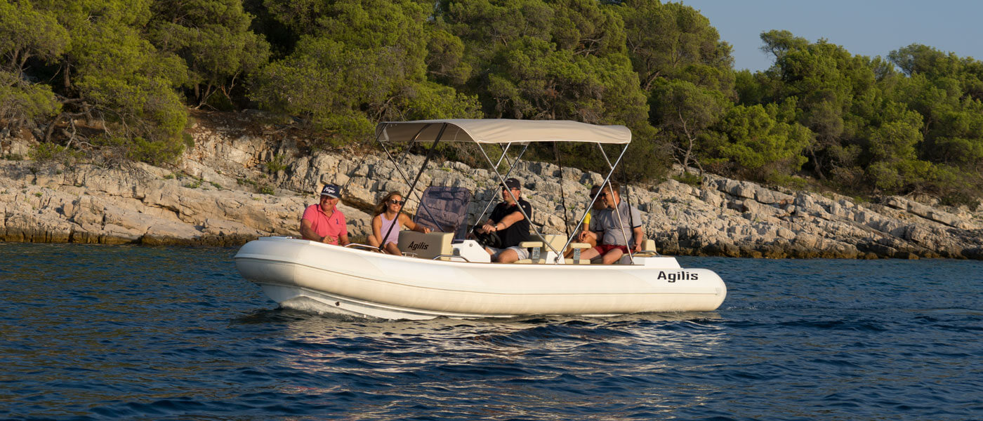 Agilis 560 superyacht tender – the most luxury tender for 10 persons in Agilis range.