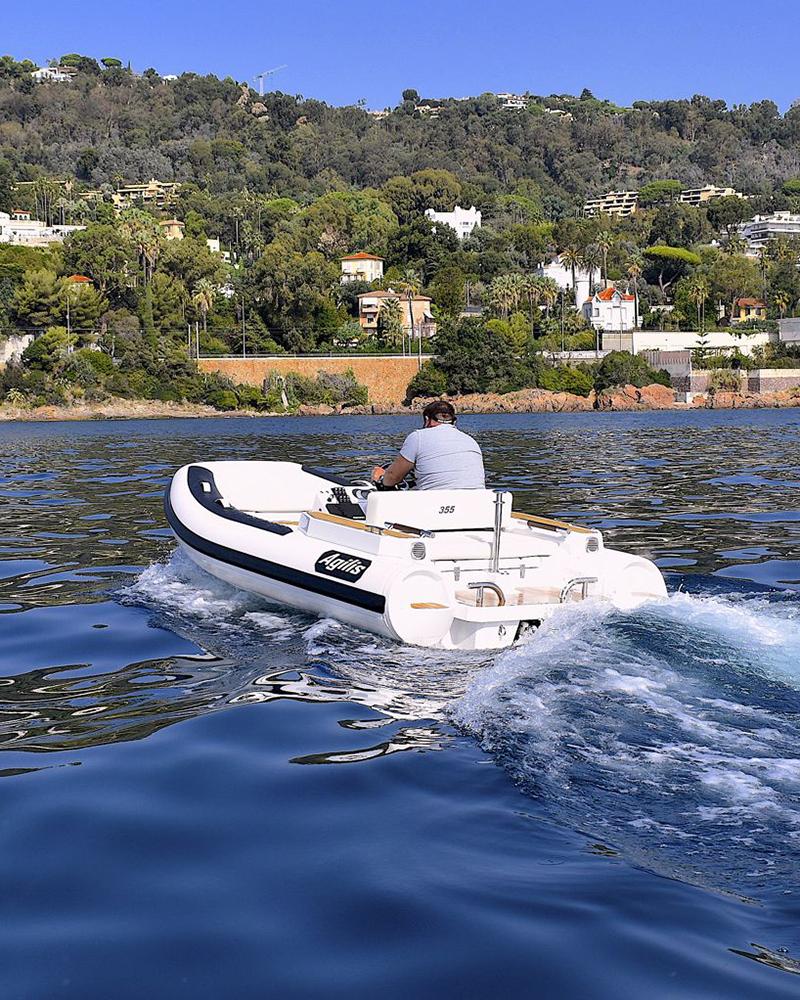agilis-355-moves-to-marine.jpg